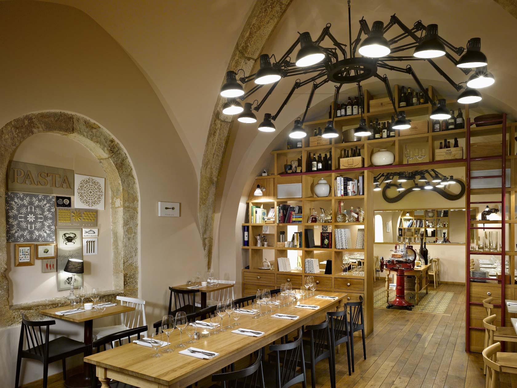 Italian Restaurant Pasta Fresca Ambiente